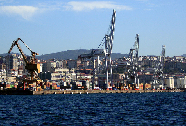 Greenpeace denuncia la destrucci n costera por la - Merkamueble en vigo ...