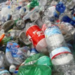 La Universidad de Alicante desarrolla un método para reciclar plástico impreso con tinta
