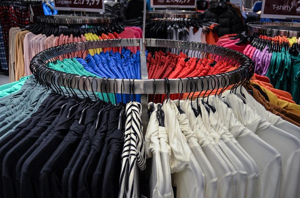4be1ece3e La industria textil solo recicla el 20% de la ropa que produce ...