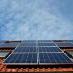 El Parlamento Europeo pide objetivos más ambiciosos para potenciar la eficiencia y las energías renovables
