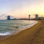 Instalan ocho arrecifes artificiales en el litoral metropolitano de Barcelona