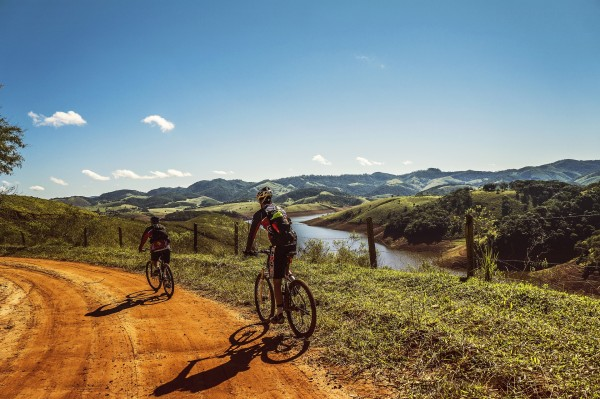 Las Vías Verdes cumplen 25 años con 2.700 kilómetros de sendas accesibles