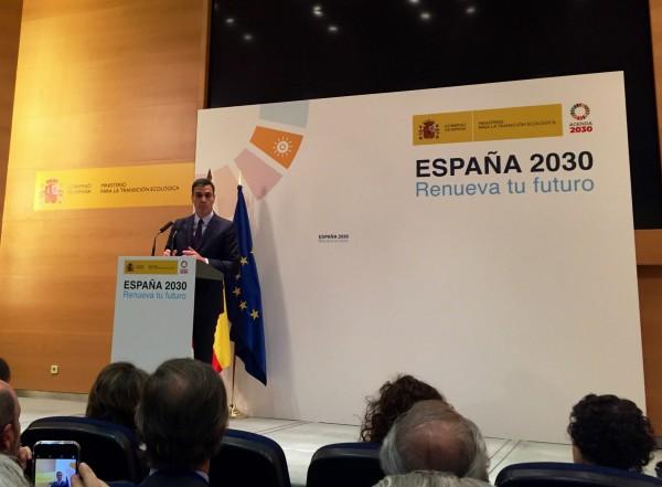 Pedro Sánchez presentando el paquete de medidas de energía y cambio climático