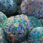 Malasia devuelve a España cinco contenedores con plásticos no reciclable