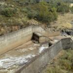 Un trabajo denuncia el daño ambiental de las obras hidráulicas en desuso