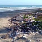 El turismo es el principal responsable de la basura marina en las playas del Mediterráneo